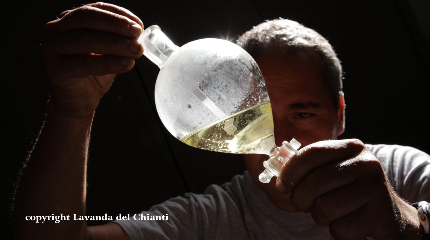 Produzione di originali prodotti aromatici