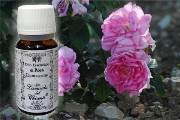 Puro olio essenziale di Rosa per usi alimentari e farmaceutici